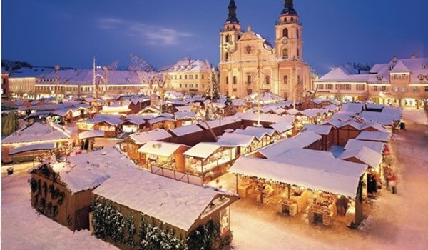 Christmas Village In Germany.Christmas Markets 2019 Christmas City Breaks Save Money